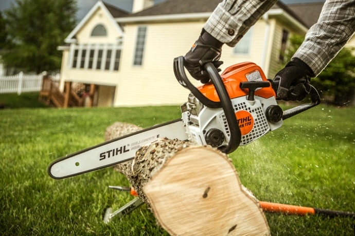 when to replace chainsaw bar