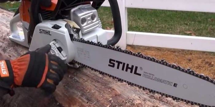 Tighten The Saw Properly
